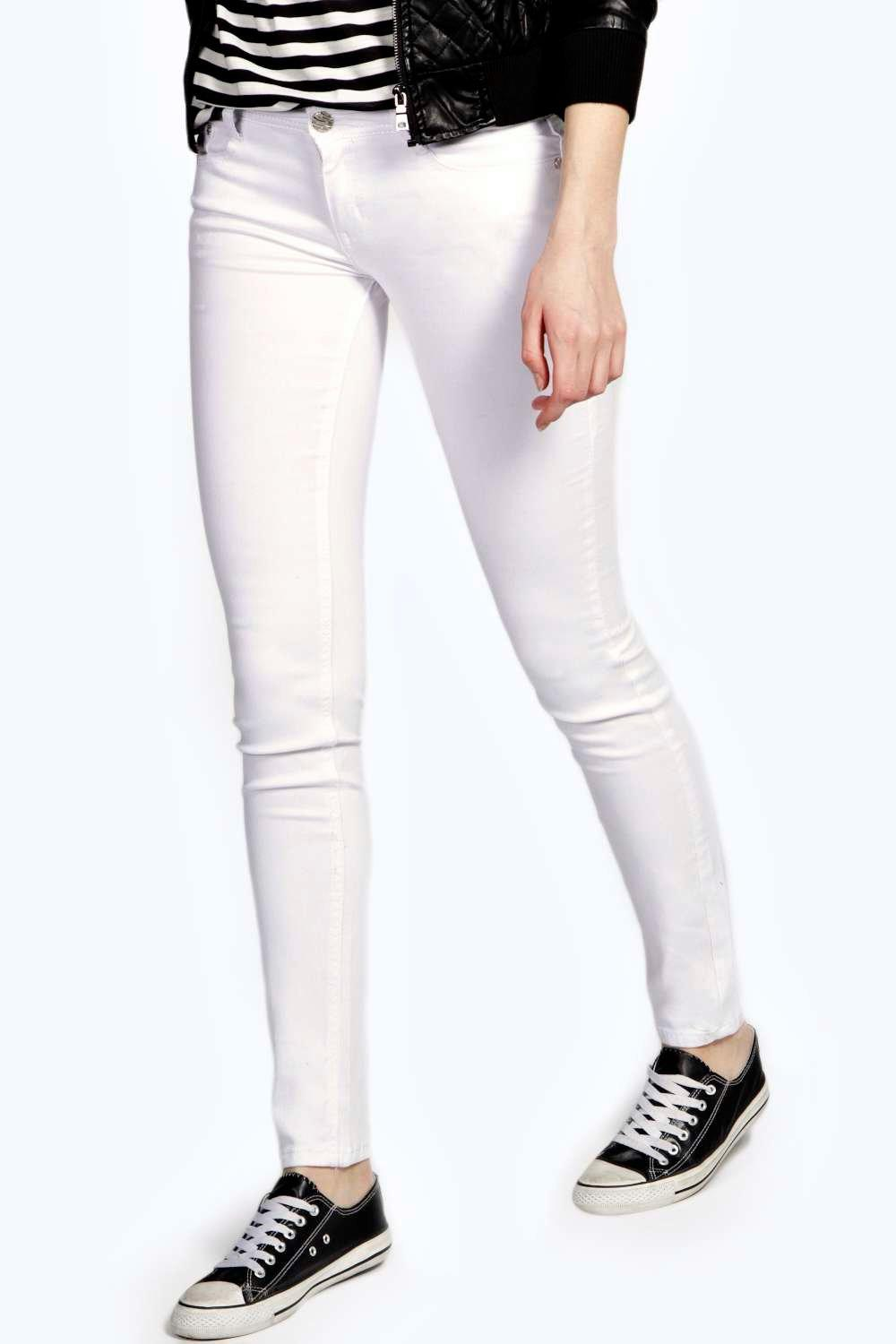 Evie Low Rise Super Skinny White Jeans at boohoo.com