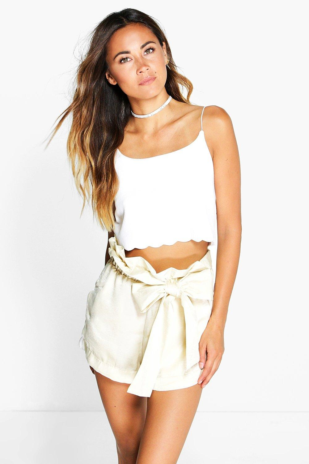 Lillie Bow Detail Short