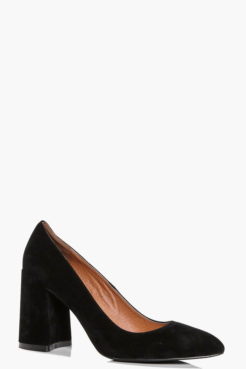 Willow Pointed Block Heel Court