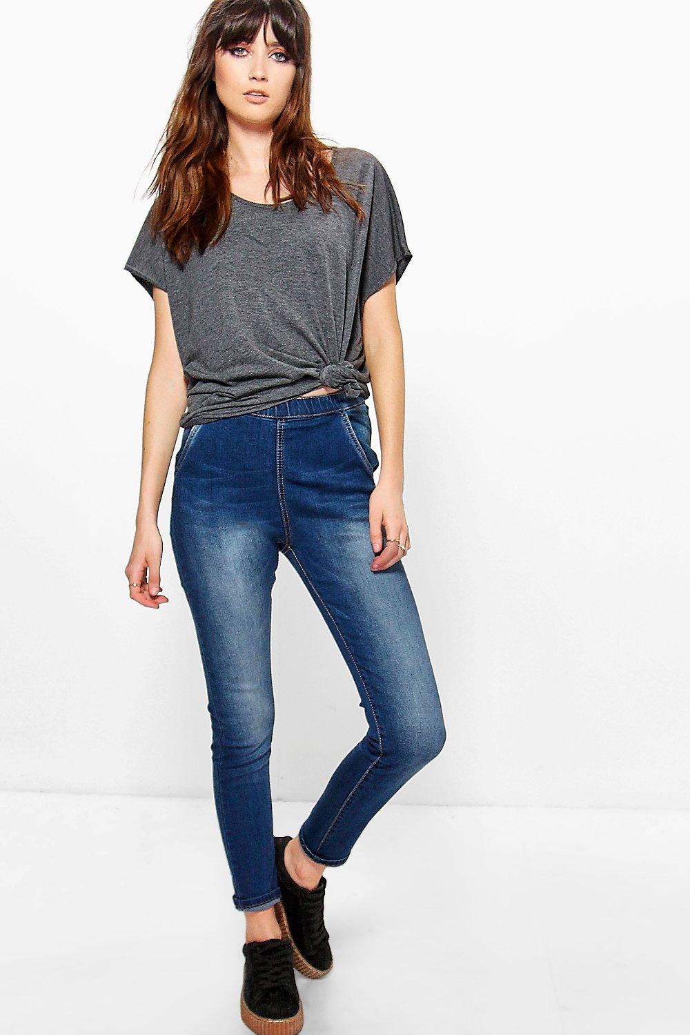 Lara High Rise Zip Back Tube Jeans