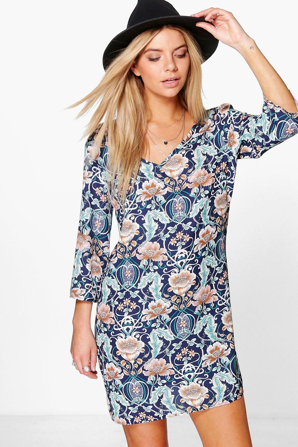 Rosette V Front & Back Shift Dress