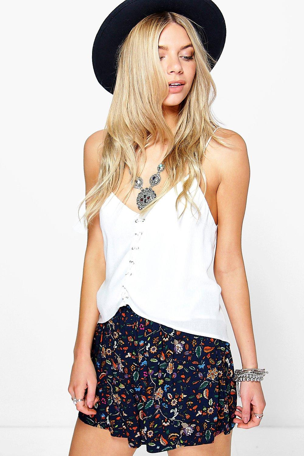 Amber Floral Print Woven Flippy Shorts