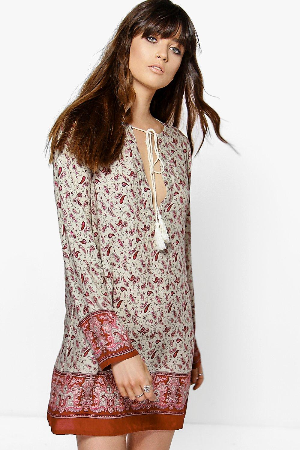 Lucy Paisley Border Print Lay Sleeve Shift Dress