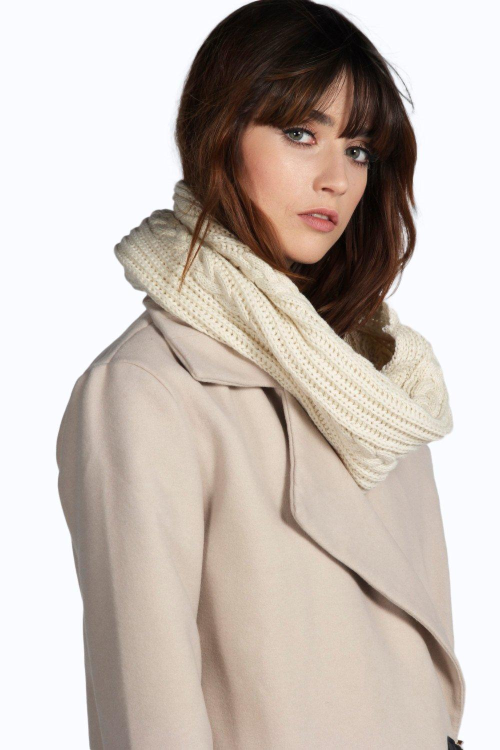 Evie Cable Knit Snood