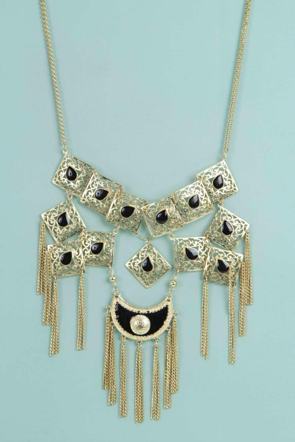 Boutique Laura Statement Stone Necklace
