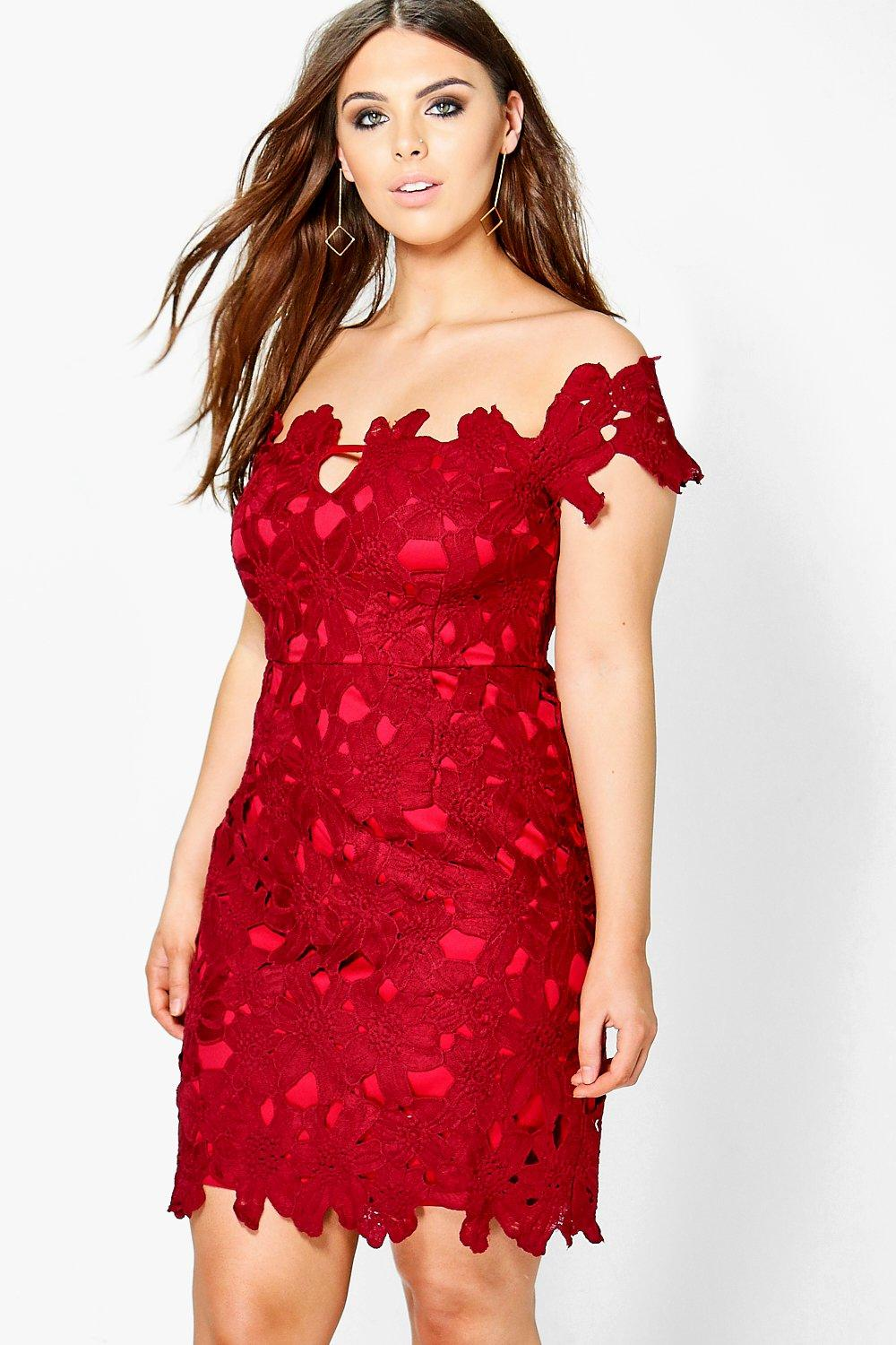 Plus Lisa Bardot Floral Applique Dress