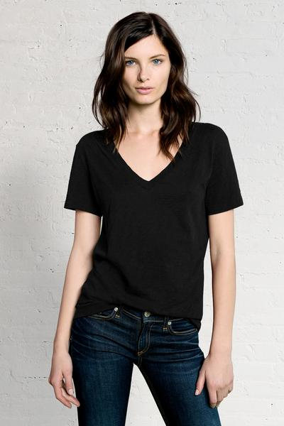 THE CLASSIC V-NECK TEE