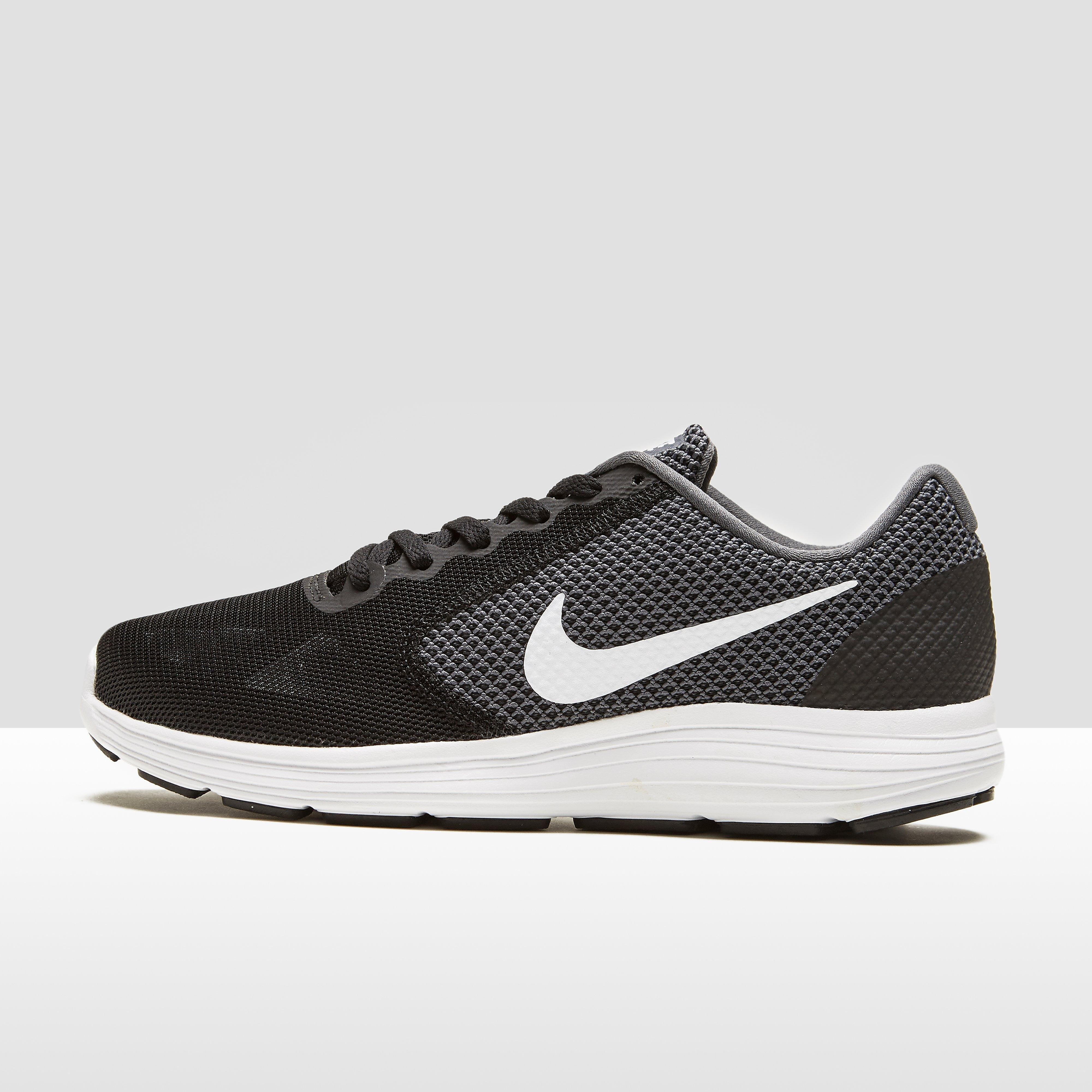 Nike Revolution 3 hardloopschoenen grijs en wit