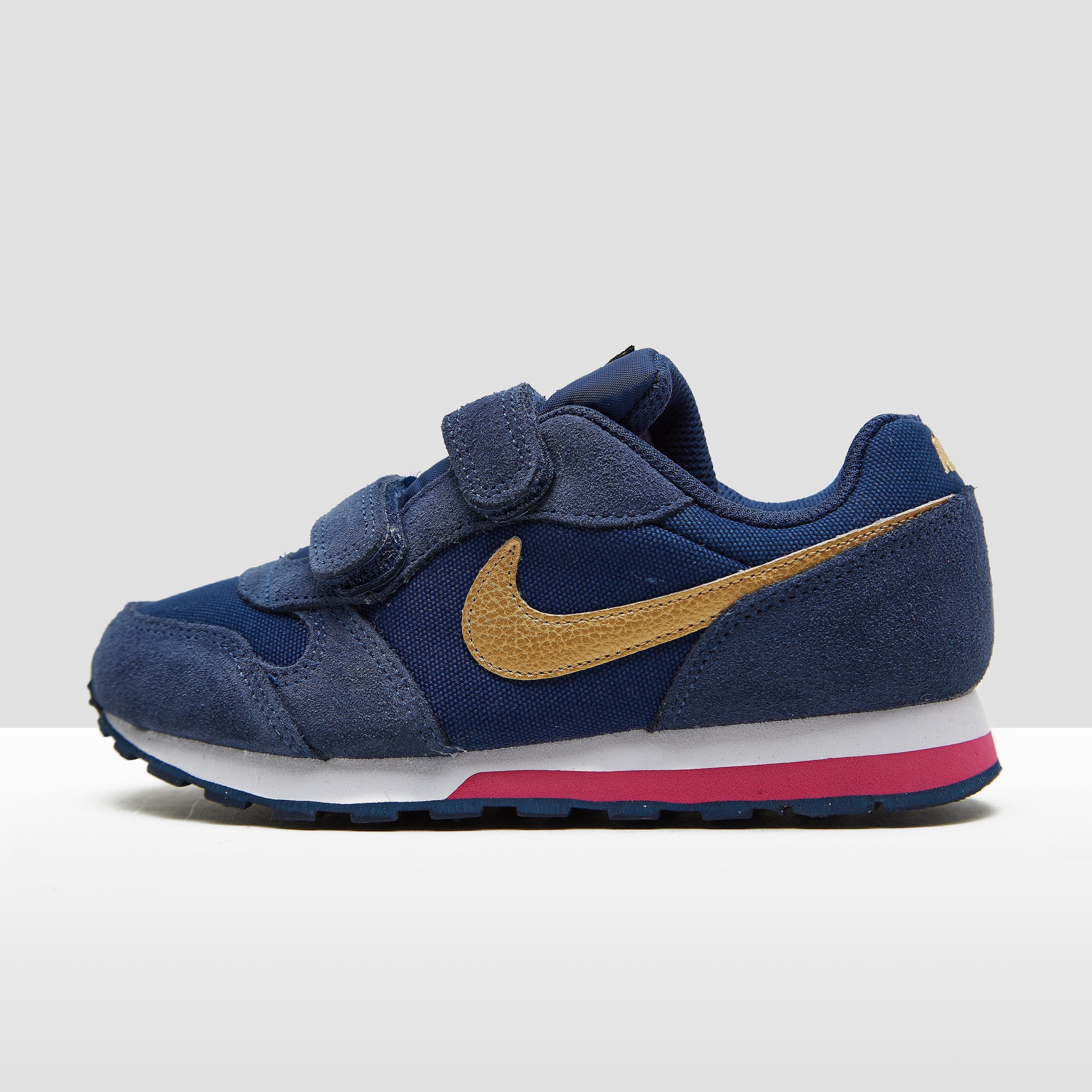 Nike MD Runner kindersneaker blauw en roze