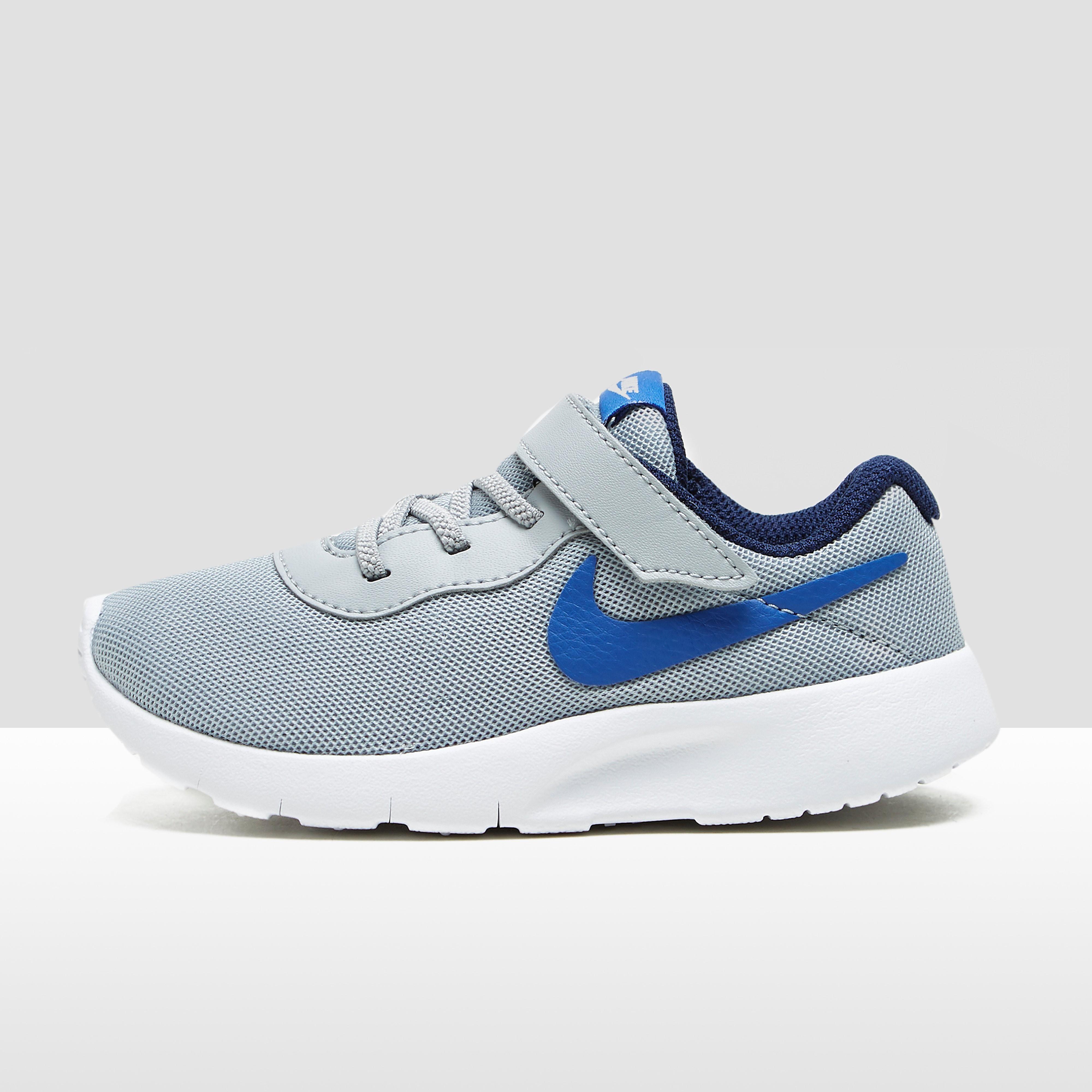 Nike Tanjun babysneaker grijs
