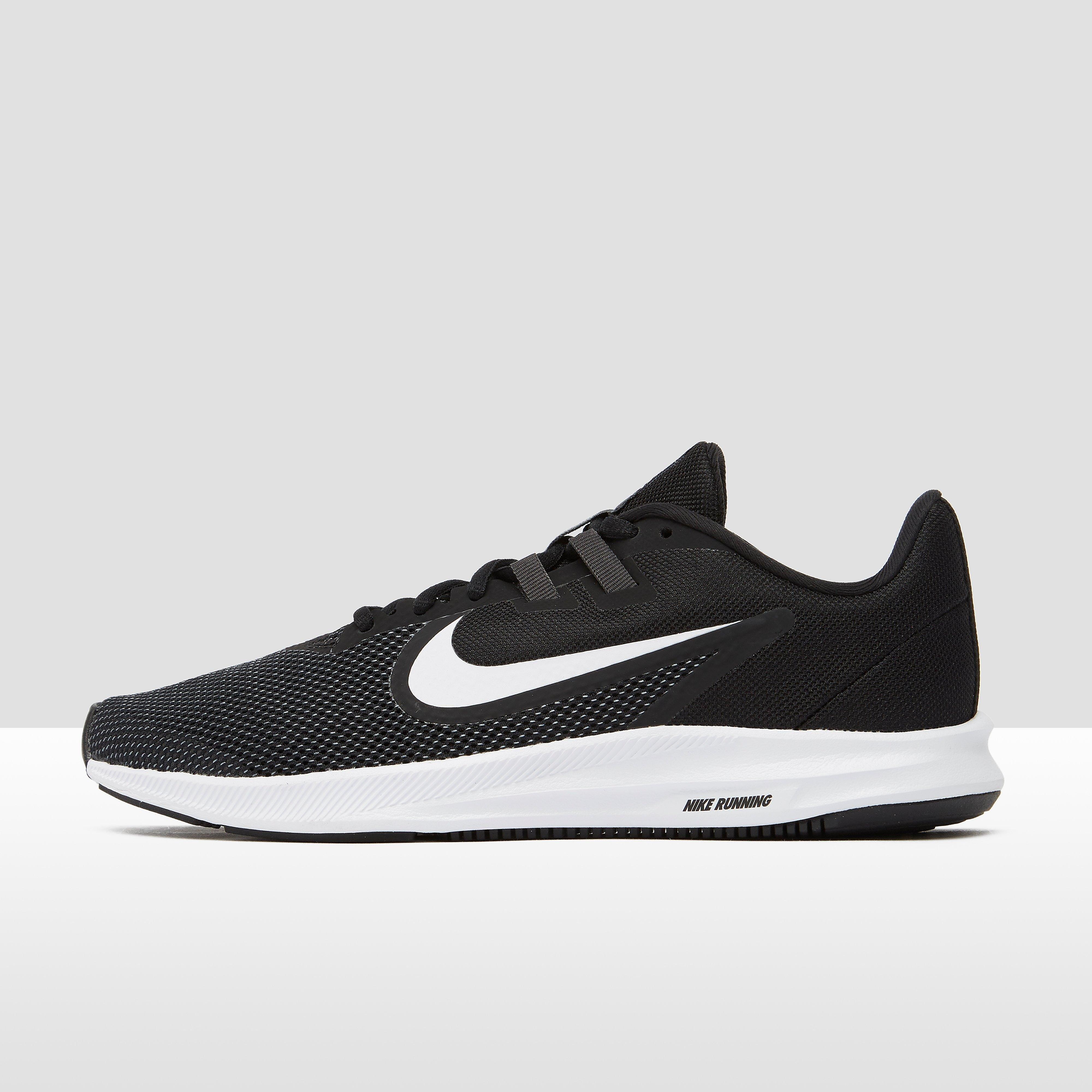 Nike Downshifter 9 hardloopschoenen zwart-wit