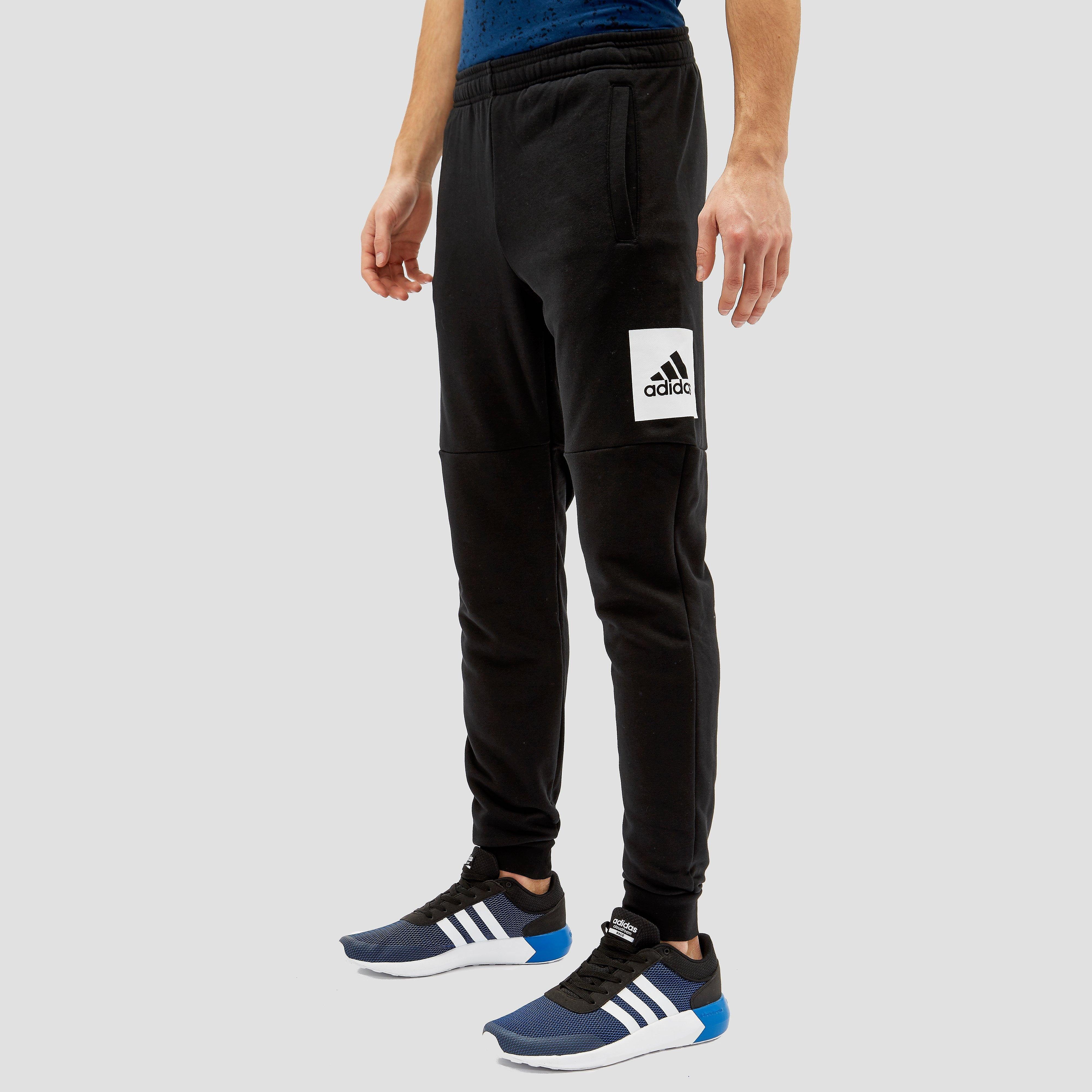 sportbroeken adidas Essentials Box Logo Broek