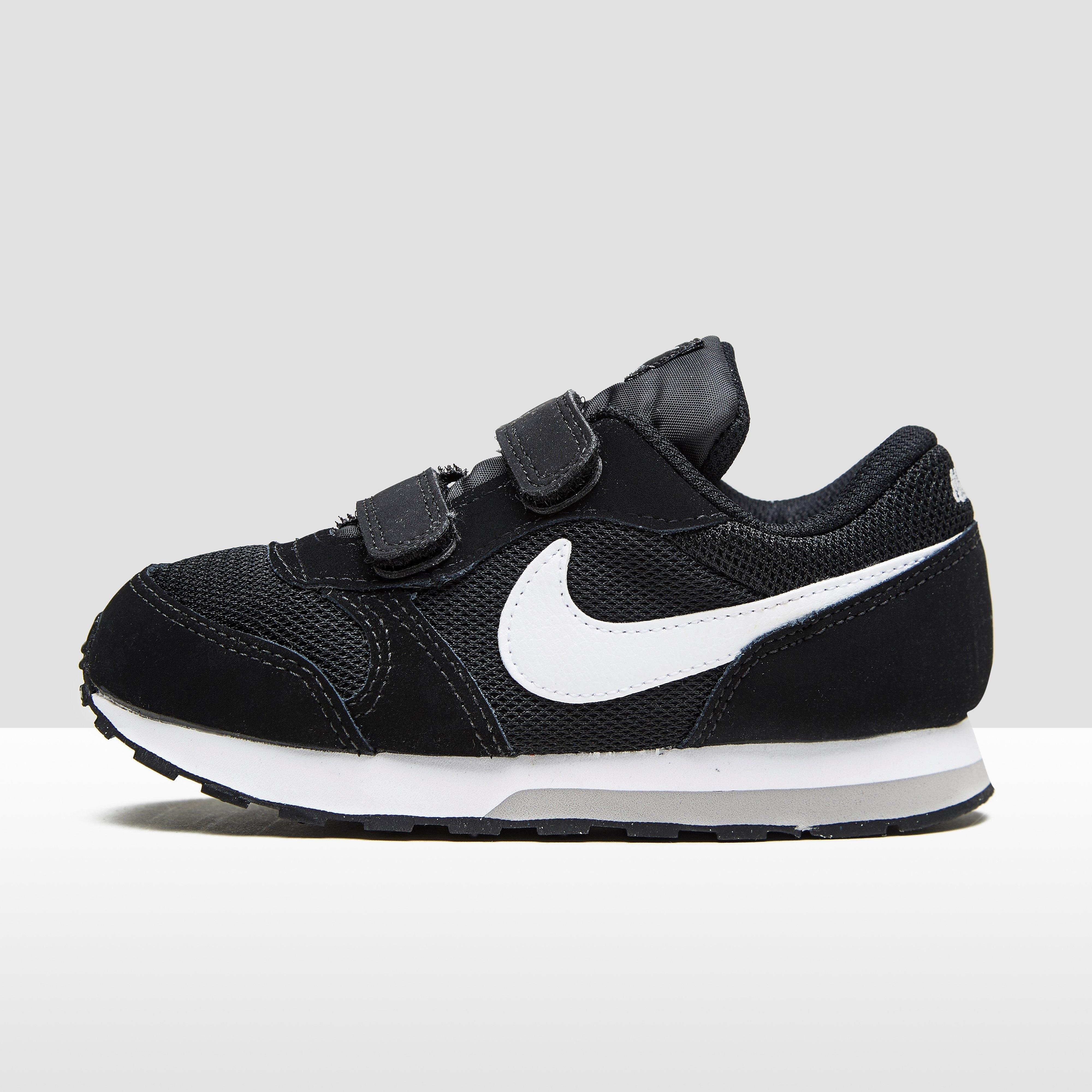 0888cf0a4e8 Md Runner 2 Sneakers Zwart-Wit Baby Black-White. Size 22. Md runner 2 sneakers  zwart baby € 34.99 bij Aktiesport · sneakers Nike air max invigor (td)  749574 ...