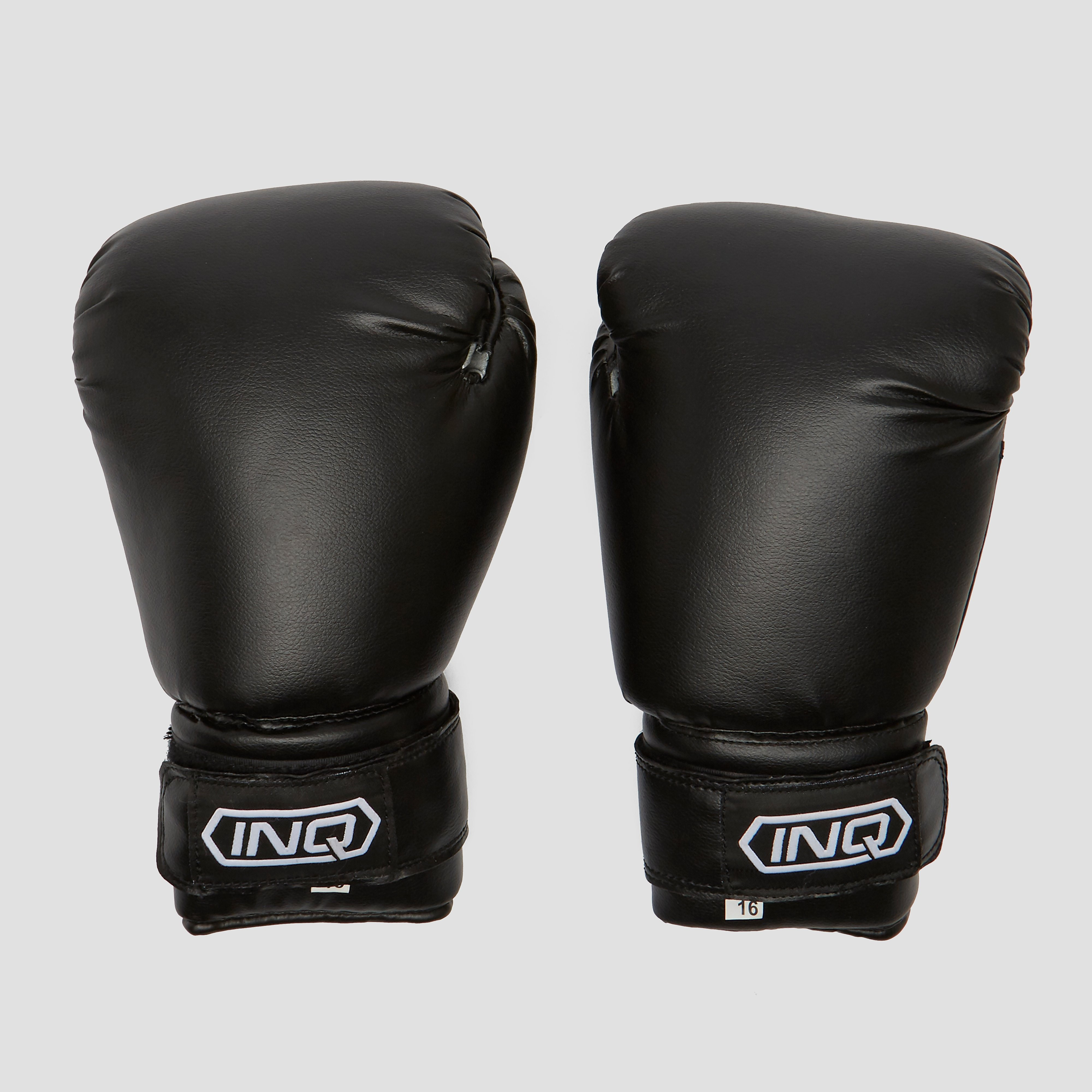 Deze comfortabele bokshandschoenen van inq beschermen je handen tijdens het boksen en maken je stoten nog ...
