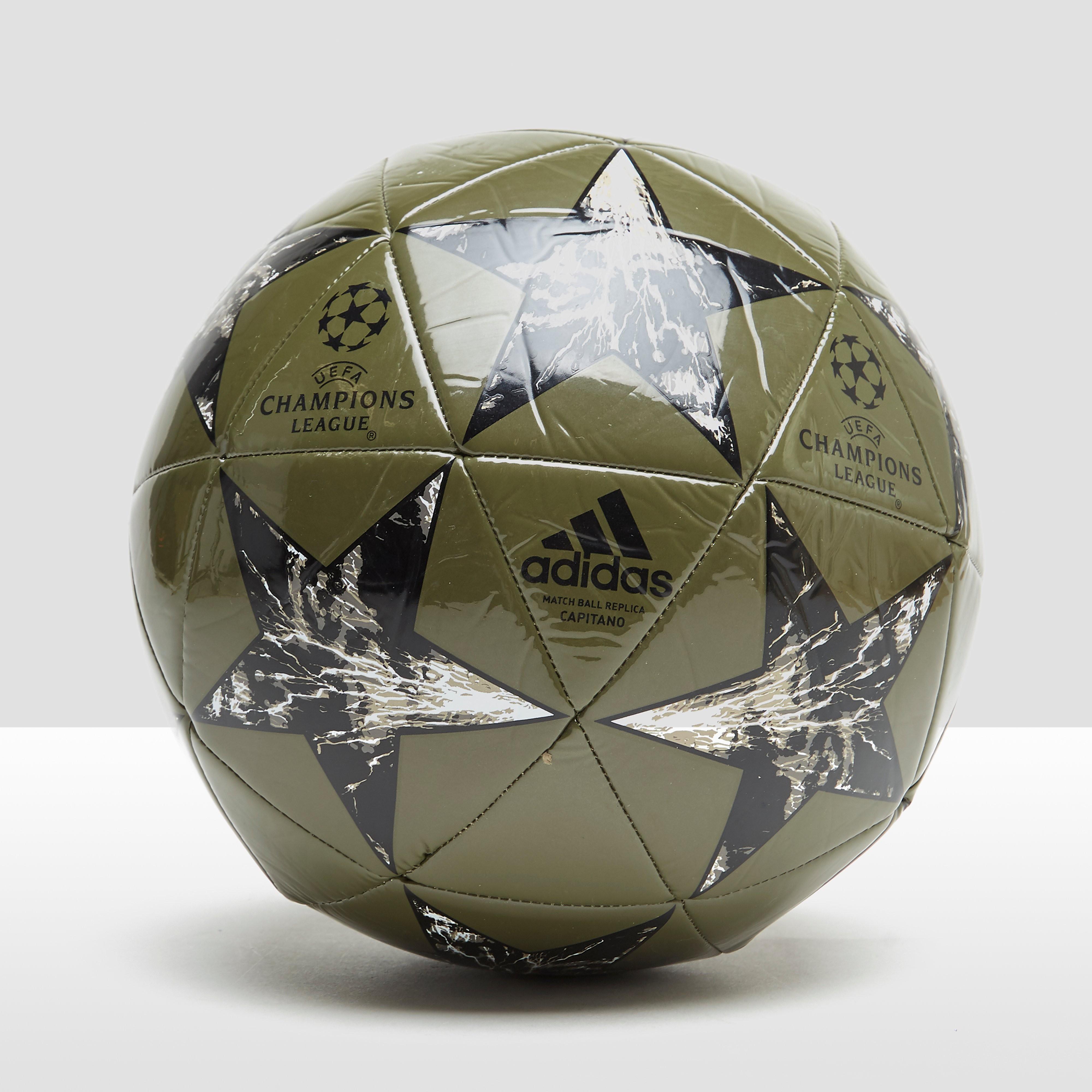 Voetbal Champions League Finale 17 Capitano
