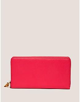 Juicy Couture Jet Set Juicy Battery Pack Zip Wallet
