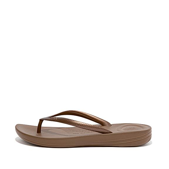 7c141a754f20 iQushion - Cushioned Flip Flops for Comfort