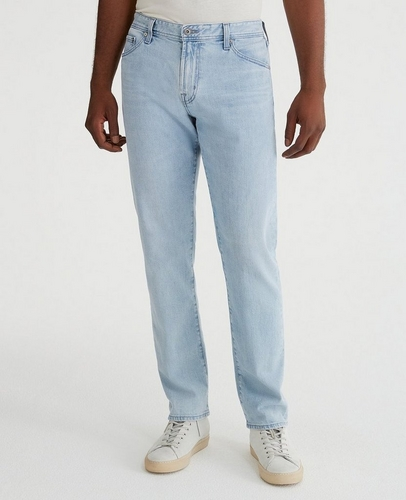 30c64625 Straight Fit Jeans with a Relaxed Waistline: The Graduate at AG ...