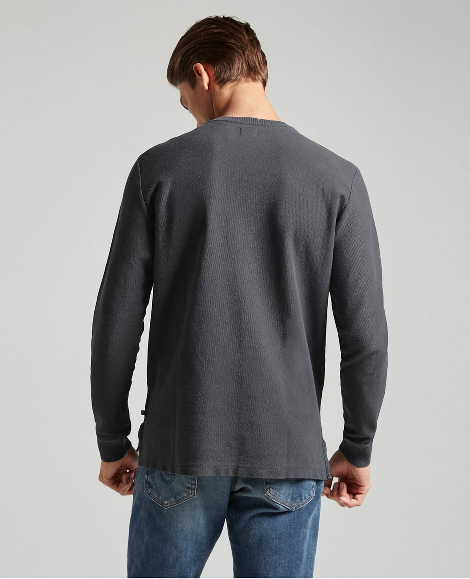 The Brody Pullover