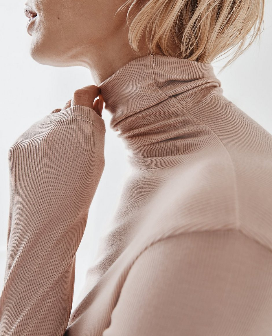 Chels Turtleneck