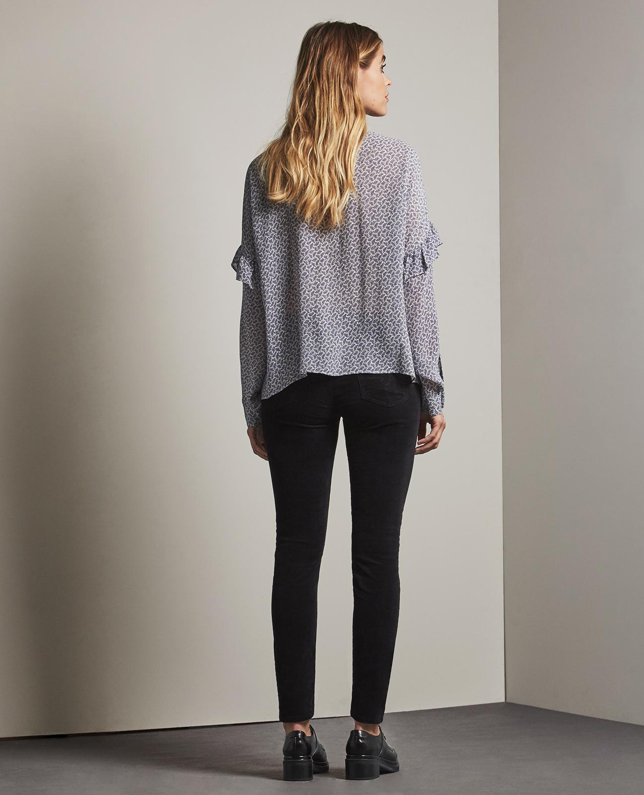 what to wear with corduroy leggings