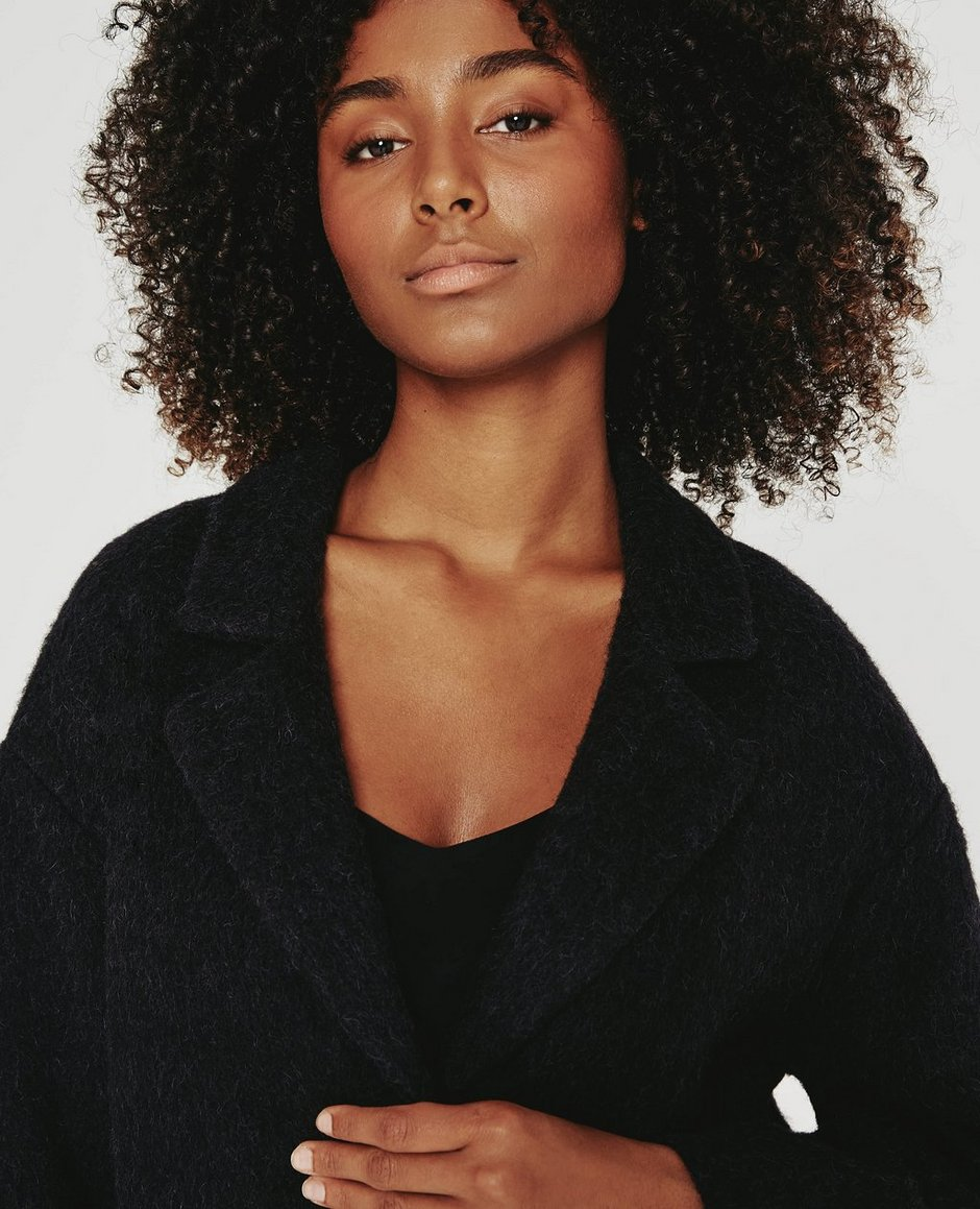 The Locklyn Coat