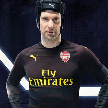 edb15da3dff Arsenal 18 19 Goalkeeper Shirt