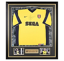 Arsenal : Dennis Bergkamp Framed Signed 1999/01 Away Shirt