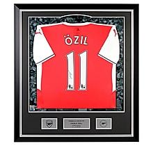 16/17 Özil Framed Signed Shirt