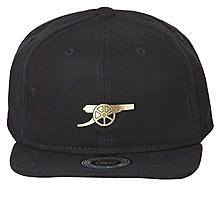 Arsenal Essentials Kids Metal Badge Snapback