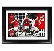 Arsenal Özil 17/18 Landscape Player Profile