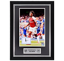 Iwobi Framed Signed 18/19 Print