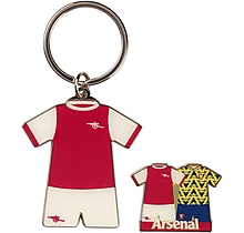 Arsenal Retro Keyring and Badge Set