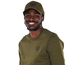Arsenal Essentials Khaki Crest Cap