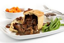 Brakes Fully Baked Deep Filled Venison, Red Wine & Portobello Mushroom Pies