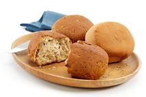La Boulangerie Gluten Free Round Rolls, White & Multigrain