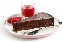 Brakes Vegan & Gluten Free Chocolate & Raspberry Tart