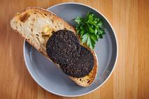 Vegetarian Black Pudding (Scotland Only)