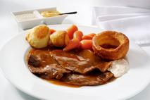 Brakes Sliced Roast Silverside of Beef in Gravy