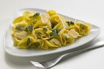 Brakes Spinach & Ricotta Tortelloni