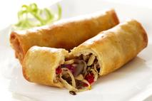 Daloon Chinese Style Vegetables & Beef Spring Roll