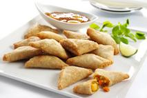 Brakes Mini Vegetable Samosas