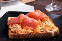 Coln Valley Smoked Scottish Salmon Slices (skinless)