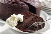 Brakes Chocolate Fudge Cake
