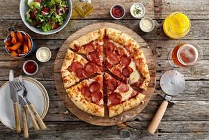 Chicago Town Takeaway Stuffed Crust Pepperoni Pizza 12