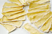 Brakes Brie Slices