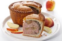 Brakes Pork & Bramley Apple Pie