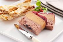 Brakes Layered Pork & Chicken Liver Pâté with Cranberry Topping