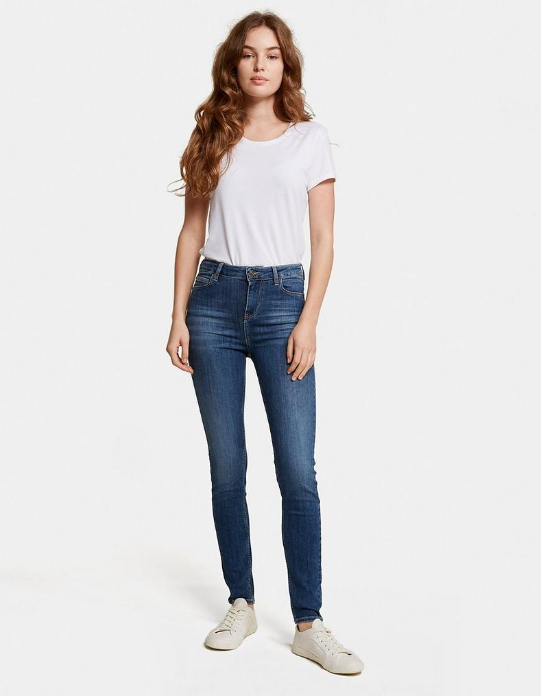 04b9f5cb097 Clean Blue Super Skinny Jeans