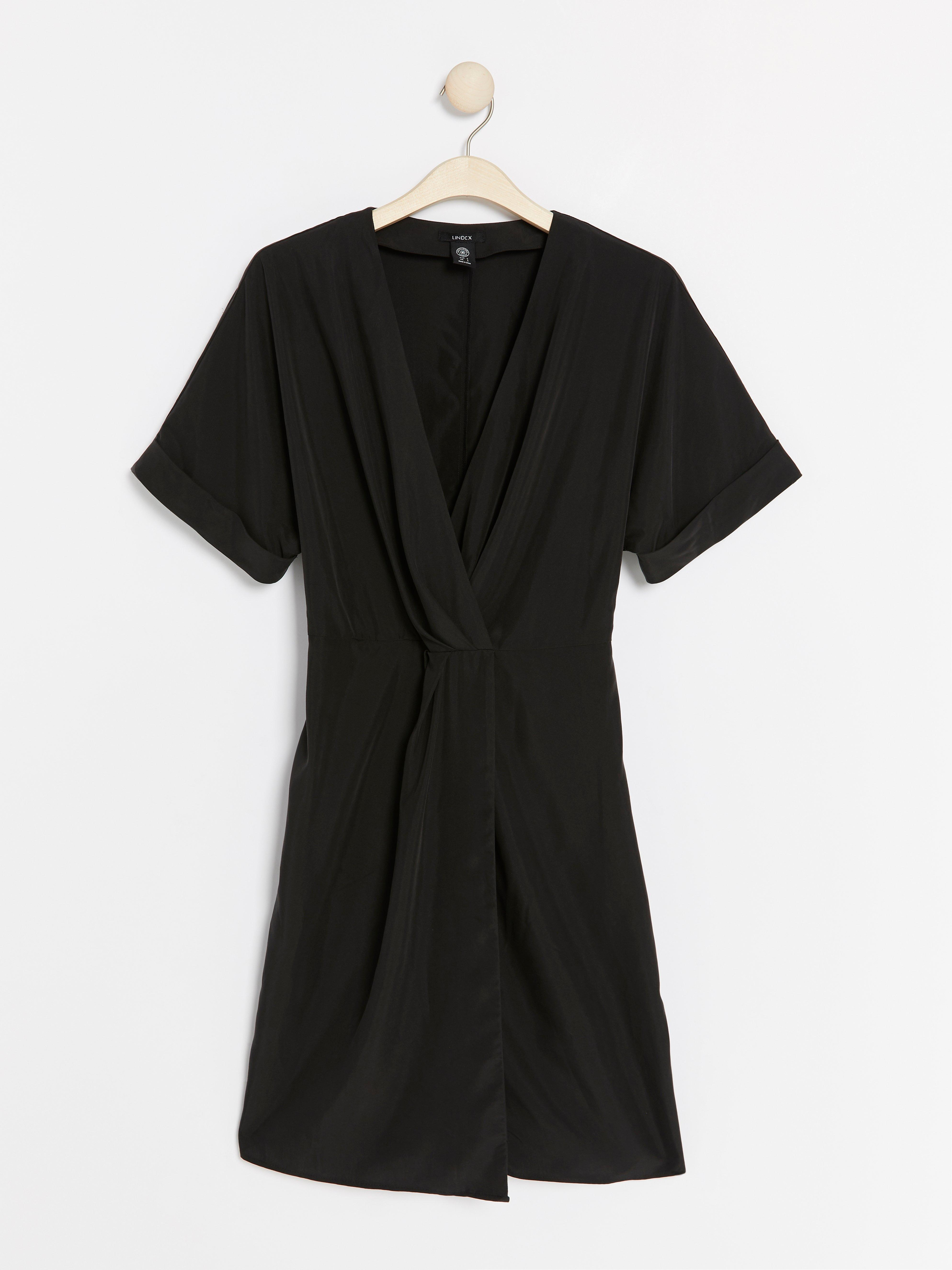 ff2732cffb74 Här är V-ringad klänning i modalblandning - Lindex | onprice.se